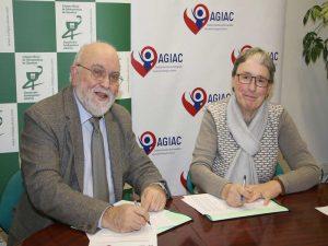 FOTO: De izda. a dcha. el presidente del COFG, Ángel Garay, y la presidenta de AGIAC, Pilar Larrañaga, durante la firma del convenio